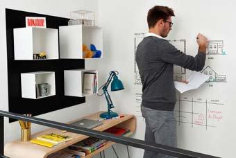 Peinture transparente pour écrire sur vos murs au feutre effaçable